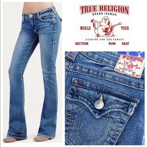 BEAUTIFUL!  True Religion Joey flare jeans 28